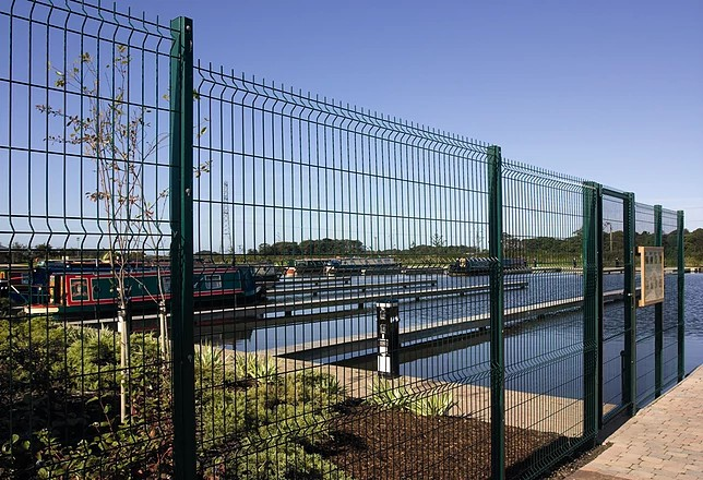 Welded Wire Mesh Fence Of Linkland